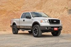 """Ford F150 4WD (2004-2008) 2,5"""" Rough Country Lift Kit 4x4 Off Road"""
