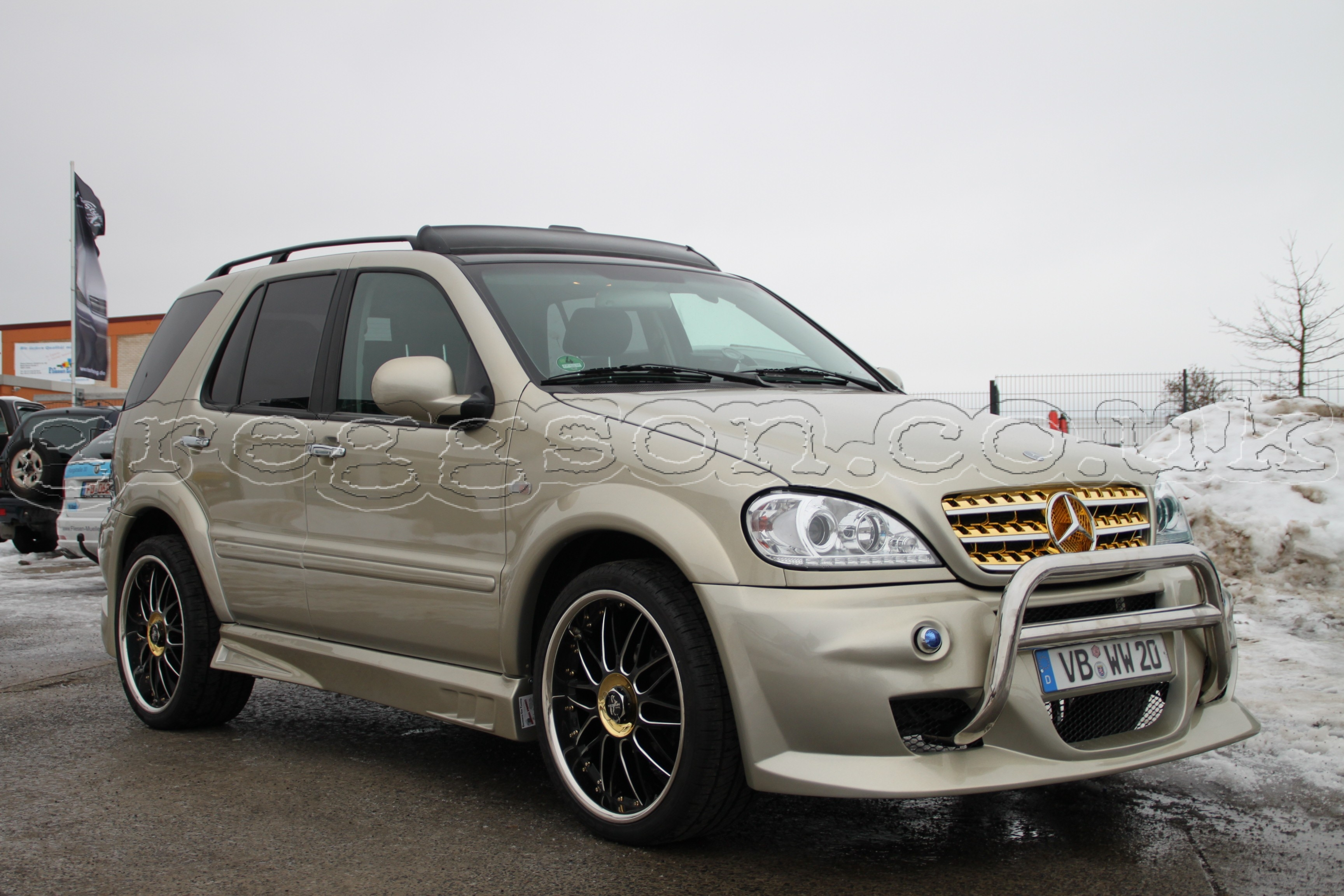 Mercedes Benz ML W163 Custom Front Bumper